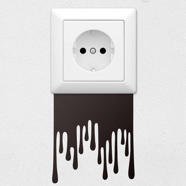 Wall Stickers: Leaks paint