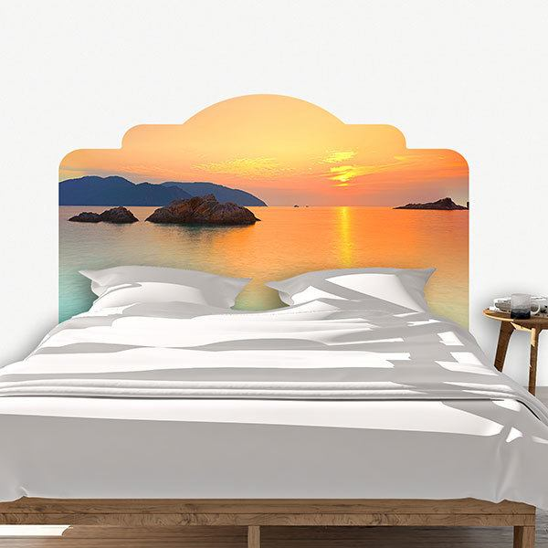 Wall Stickers: Bed Sunset at sea