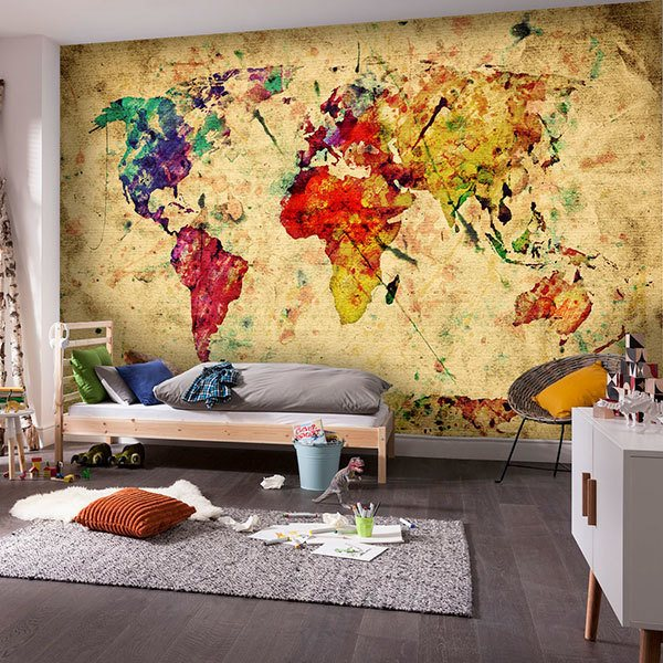 Wall Murals: Painting map of the world