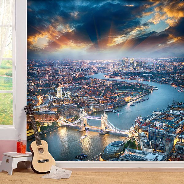 Wall Murals: Illuminated London